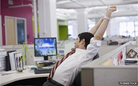 Cara Agar Tidak Terlalu Capek di Kantor Seharian