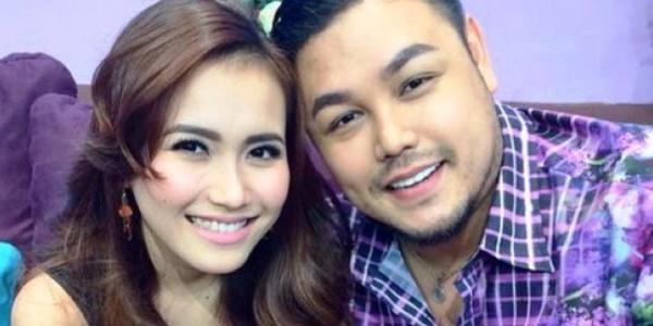Photo of Ivan Gunawan Akan Lamar Ayu Tin Ting?