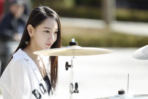 Photo of Drummer Cantik Bebob Ah Yeon Ini Mencuri Perhatian