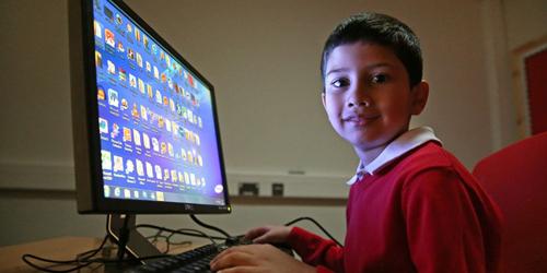 Photo of Ayan Qureshi Dinobatkan Sebagai Profesional Microsoft Bersertifikat