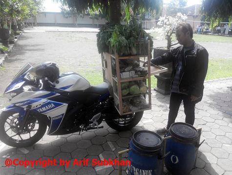 Photo of Kerja 6 Tahun untuk Beli Yamaha YZF R25 250cc, Sekarang Dibuat Jualan Sayur