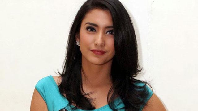 Photo of Sering Putus, Ibunda Larang Tiyas Mirasih Pacaran