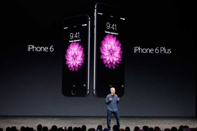 Bajak Karyawan Pembuat Baterai Mobil, Apple Digugat