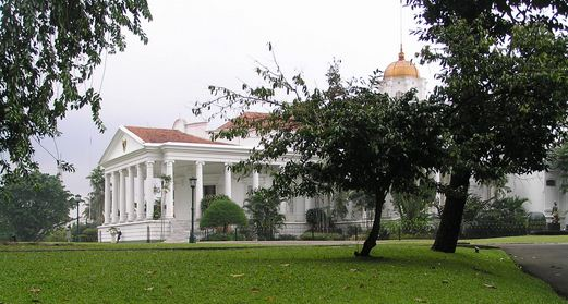 Kenapa Jokowi Lebih Suka Melakukan Pertemuan di Istana Bogor?