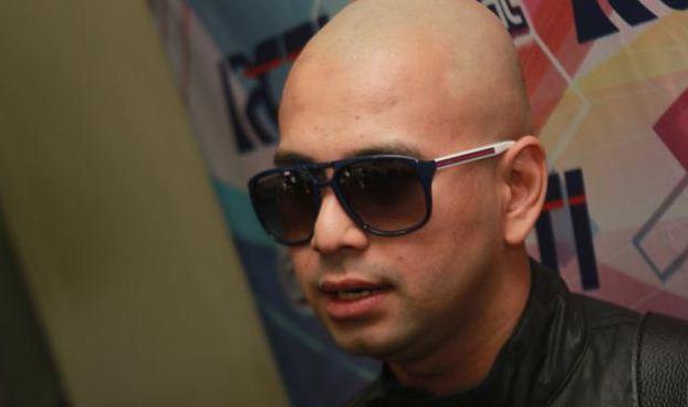 Raffi Ahmad Gunduli Kepala Karena Nadzar