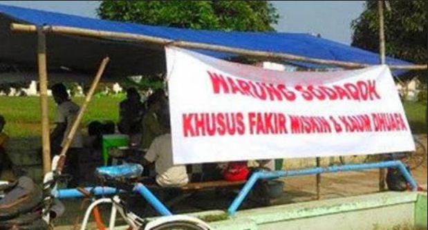 Alun-alun Kota Pekalongan Sediakan Warung Gratis untuk Fakir dan Dhuafa