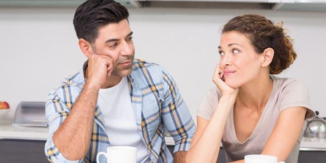 7 Sikap Wanita yang Membuat Pria Sering Bingung