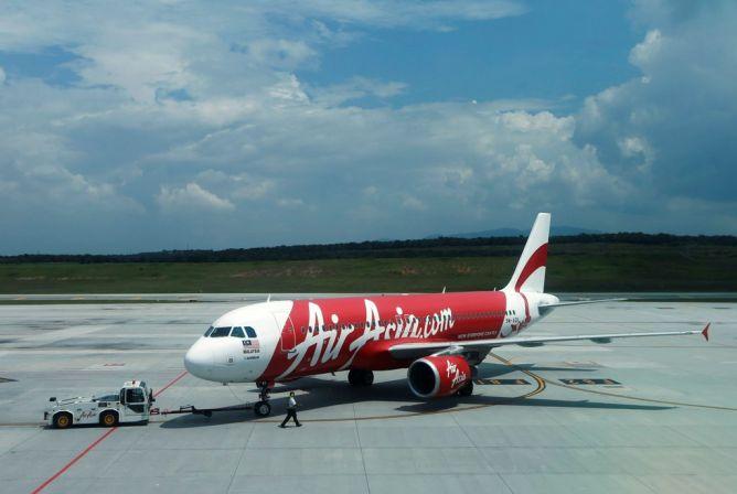 AirAsia Minta Izin Terbang Surabaya-Singapura, Jonan Emosi