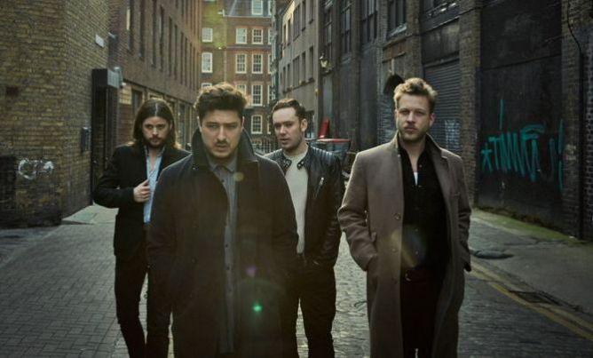 Album Baru Mumford & Sons Minim Instrumen Akustik