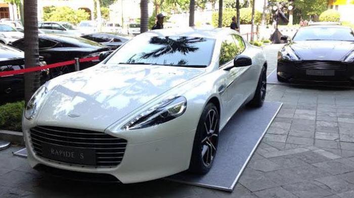 Aston Martin Incar Perempuan Jakarta yang Doyan Arisan