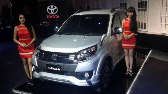 Banderol Toyota Rush Facelift Terpaut Jauh dengan Kembarannya Terios