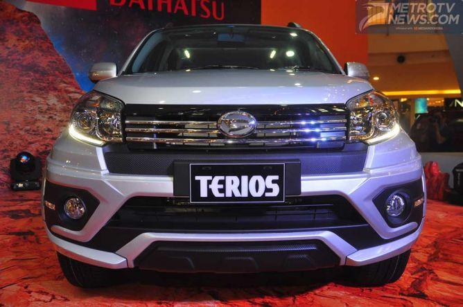 Beda Fitur Antara Tipe New Daihatsu Terios