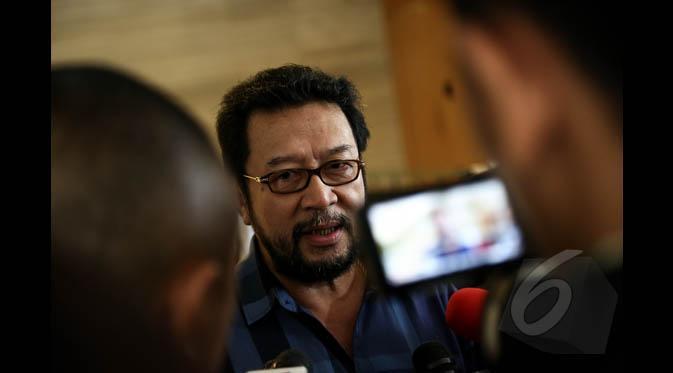 Dilaporkan Ngabalin ke Polisi, Yorrys Raweyai Akan Lapor Balik