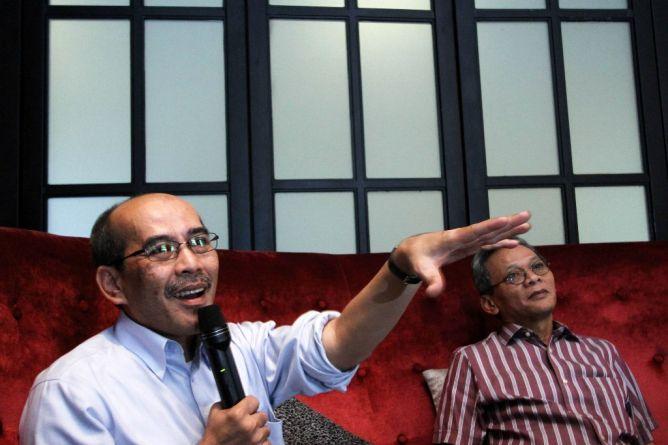 Faisal Basri Pertanyakan Kenaikan Harga BBM