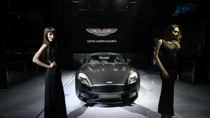 Lima Model Aston Martin Berusaha Pikat Orang Tajir di Jakarta