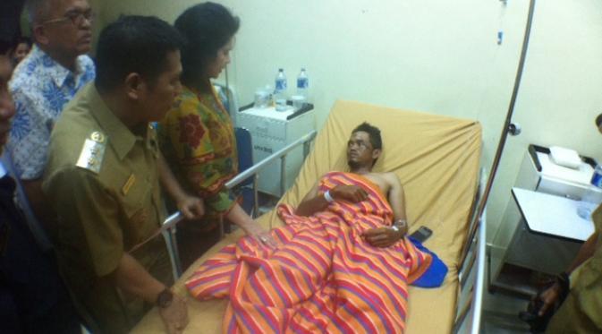 Photo of Menkes Jenguk Korban Hangar Roboh di RSUD Makassar