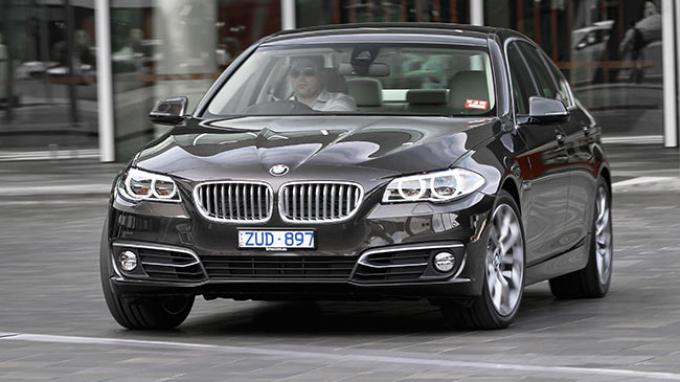 Photo of New BMW 520d Luxury Resmi Hadir di Indonesia