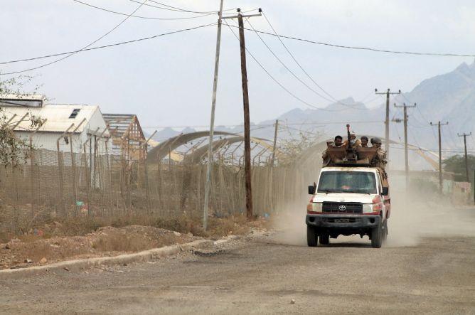 Pemberontak Yaman Rebut Pangkalan Udara Krusial