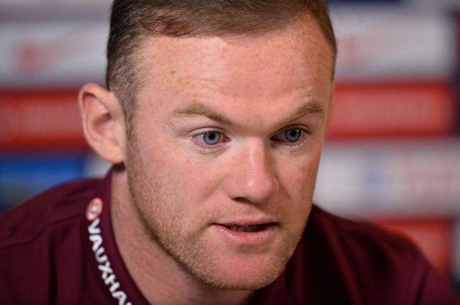 Photo of Rooney Berharap Hodgson Dapatkan Kontrak Baru