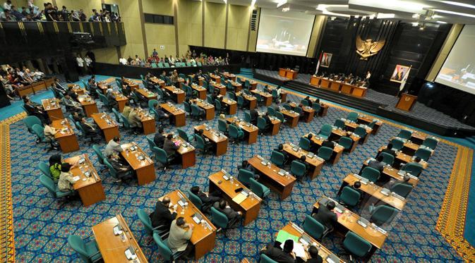 Tim Angket DPRD DKI Cecar Deputi Gubernur Soal Istri Ahok