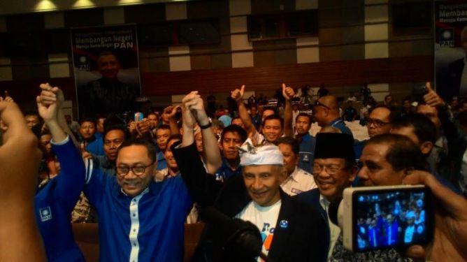 Zulkifli Hasan Tutup Kongres IV PAN