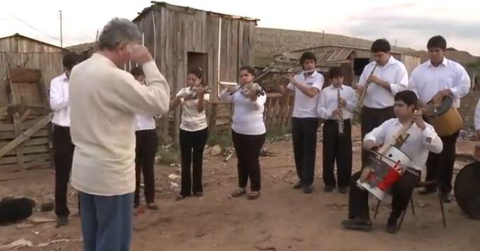 [VIDEO] Permainan Musik dari Barang Bekas