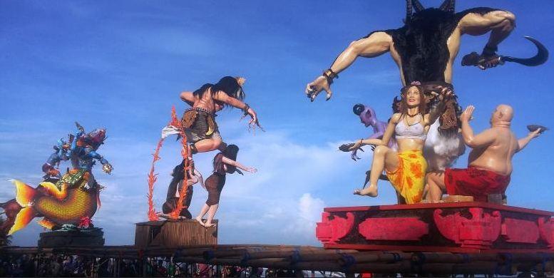 Pajangan Ogoh-Ogoh Warnai Bali