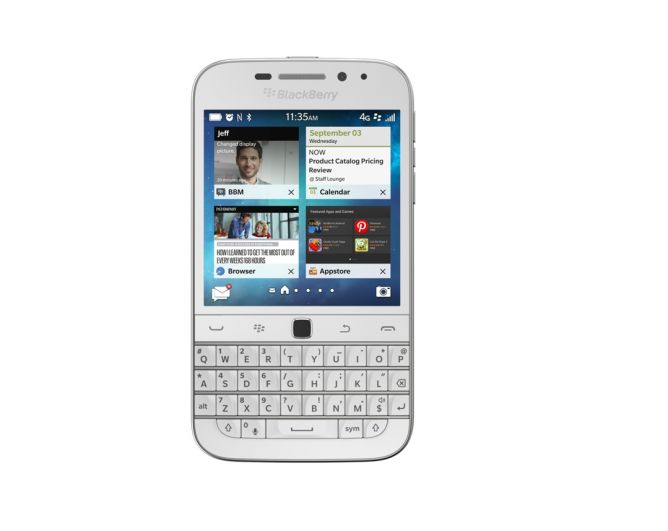 BlackBerry Classic Warna Putih Muncul di Indonesia