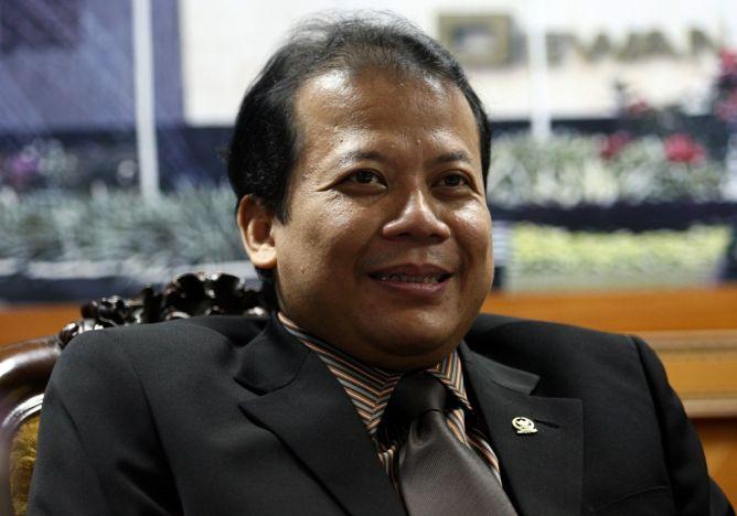 DPR Hanya Terima Fraksi Yang Diusulkan Pengurus Parpol Sah