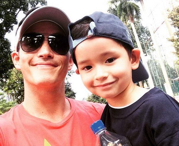 Demi Anak Mike Lewis Rela Berkunjung ke Bali