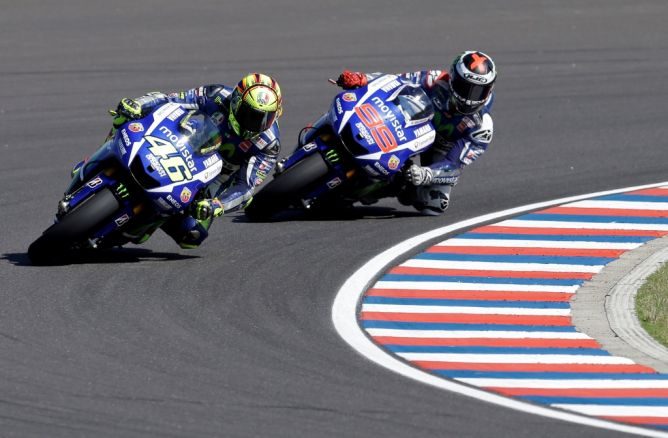 Direktur Yamaha Optimistis Rossi dan Lorenzo Naik Podium