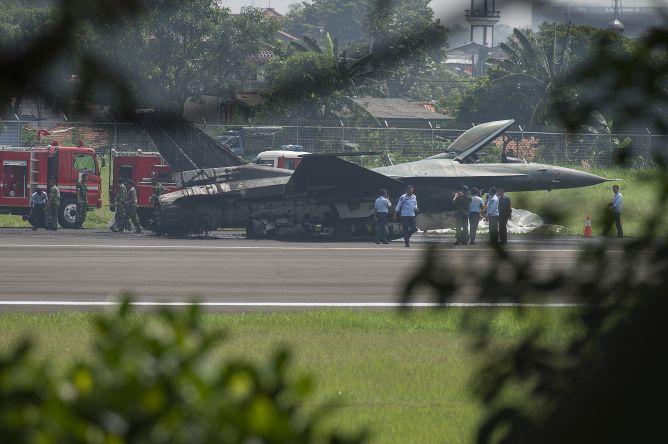F-16 Belum Dilengkapi Rem Parasut