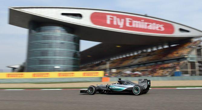 Hamilton Sapu Bersih Hari Pertama Sesi Latihan GP Tiongkok