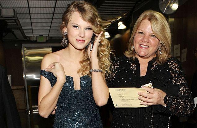 Ibunda Taylor Swift Derita Kanker
