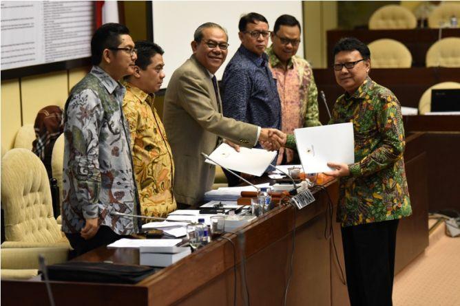 Jika Diminta Megawati, Tjahjo Siap Lepas Menteri