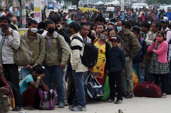 Krisis Makanan, Ratusan Ribu Warga Tinggalkan Kathmandu