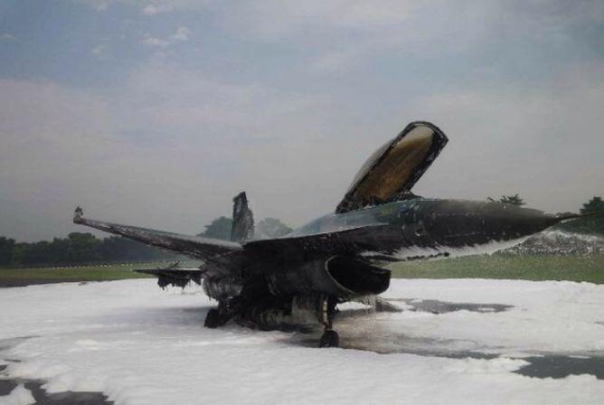 Mabes TNI Akan Investigasi Jatuhnya F16 di Halim
