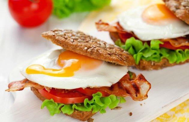 Makanan yang Harus Dihindari Usai Olahraga