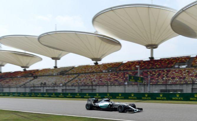 Mercedes Dominasi Latihan Perdana GP Tiongkok