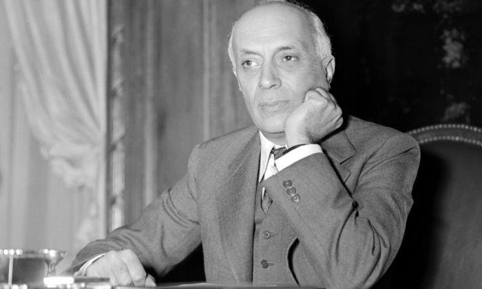 Naluri Politik Pandit Jawaharlal Nehru Dorong Hadirnya KAA
