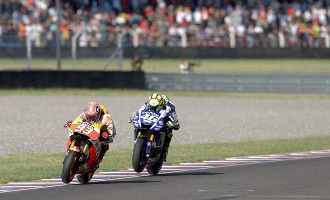 Pengawas Balapan Tak Akan Ambil Tindakan Terkait Senggolan Rossi-Marquez