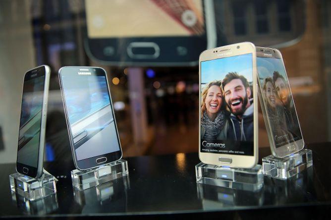 Penjualan Galaxy S6 dan S6 Edge Melampaui Prediksi Samsung