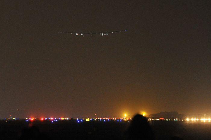Pesawat Keliling Dunia Mendarat di Tiongkok