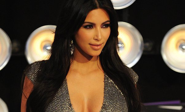 Rumah Kim Kardashian Dilengkapi Bioskop Seharga Rp453 Juta