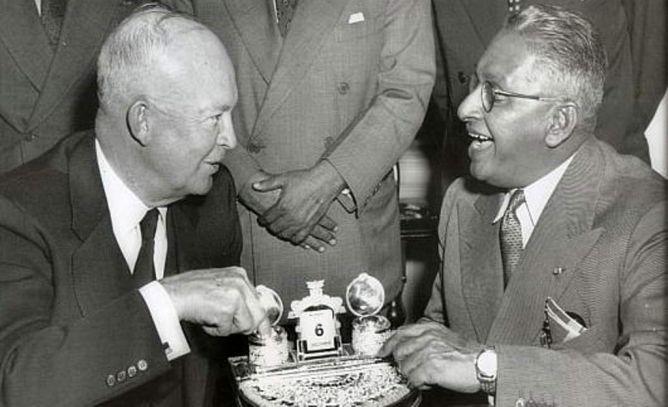 Sir John Kotelawala, Sosok Keras Pengkritik Senjata Nuklir Barat