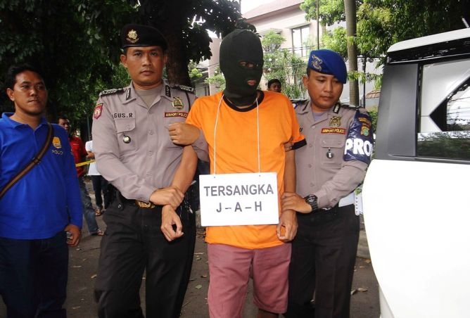 Pembunuh Wanita di Parkiran Bandara Soekarno-Hatta Divonis 17 tahun