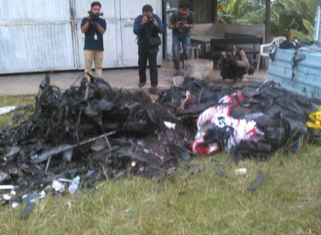 Pesawat Single Seater Terbakar Akibat Kerusakan Mesin