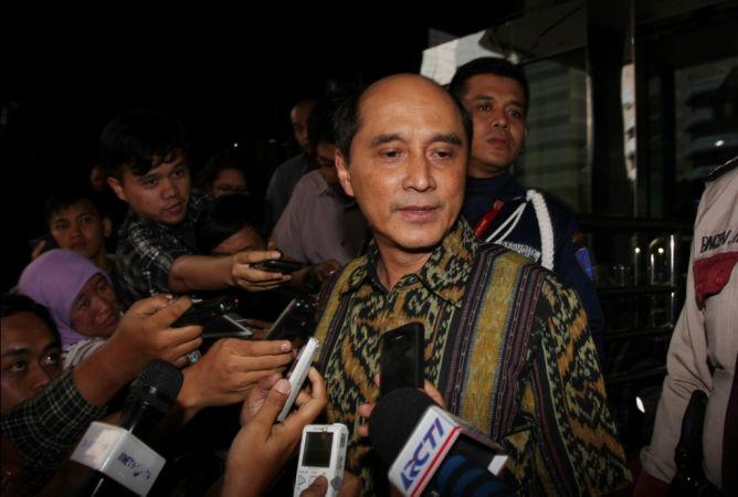 Staf Khusus SBY Bantah Kecipratan Duit Korupsi Waryono Karno