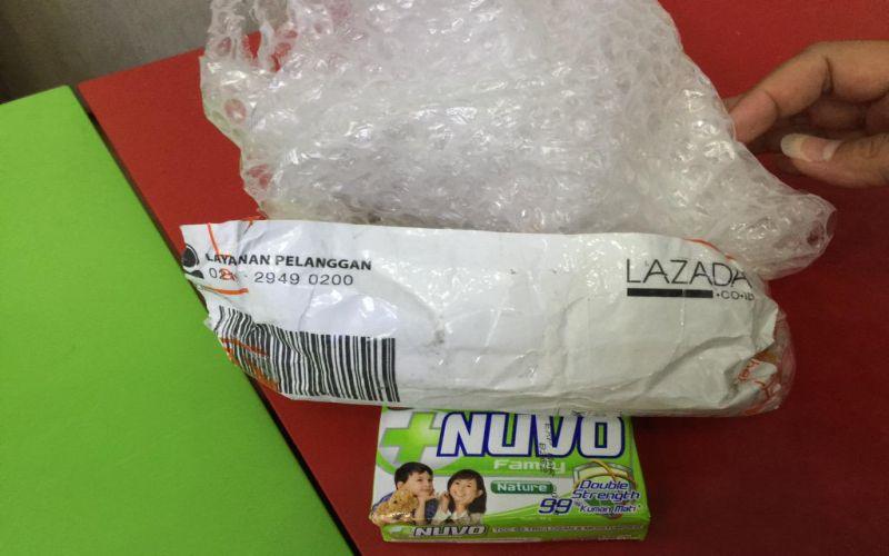 Danis Pesan iPhone 6 Plus di Lazada dapatnya Sabun