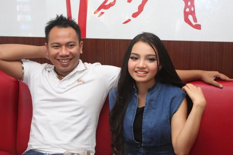 Vicky Prasetyo Ketahuan Memberi Jam Tangan KW